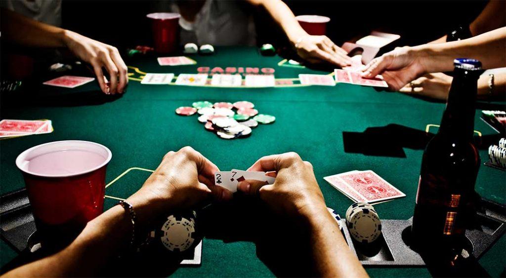 Jouer au poker gratuitement entre amis
